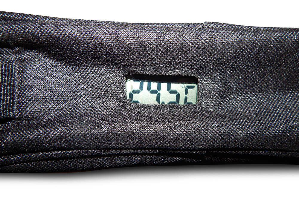 Schwarze Diabetikertasche mit Thermometer