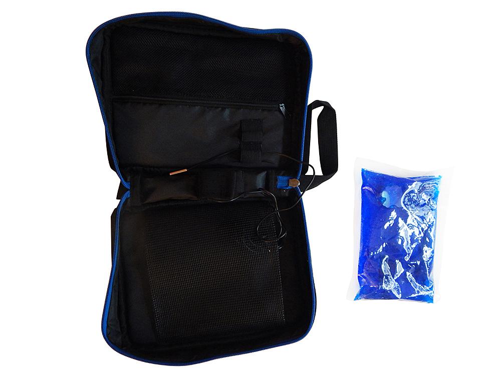 Schwarze Diabetikertasche mit Thermometer - geöffnet mit Kühlpack